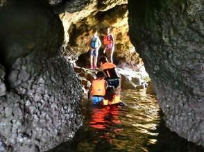 青の洞窟探検③